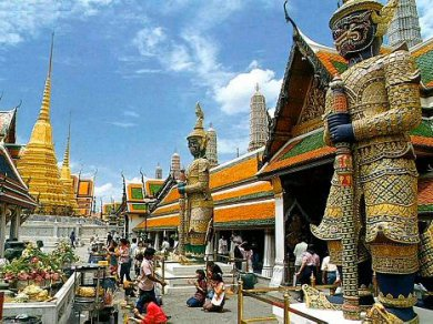 Floating Market at Damnern Saduak - Grand Palace Emerald Buddha and Reclining Buddha (Code 1009)