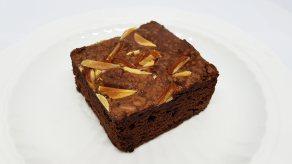 Brownie Almond (ชิ้นใหญ่)