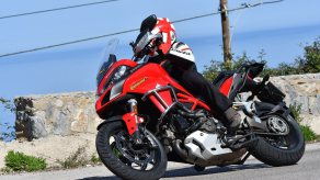 Continental RoadAttack3 โดย Motorcyclenews