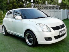 SUZUKI  SWIFT 1.5 GL ตัวTop Airbag/abs  ปี 2011