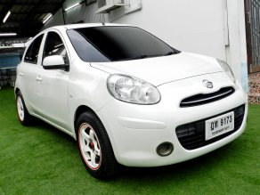 ⭐NISSAN MARCH 1.2S MT ปี 2011 ABS/Airbag⭐