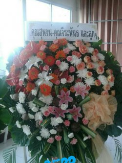 พวงหรีดดอกไม้สด-045