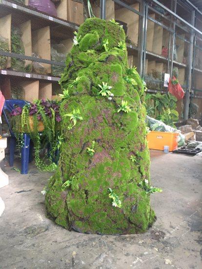 หินเทียมไฟเบอร์มอสเทียมขนาดกว้าง 1เมตรสูง3เมตร น้ำหนักเบา