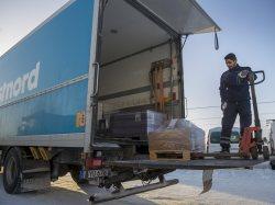 Logistics นั้น เป็นการมุ่งเน้นไปที่การเชื่อมโยงระหว่างแต่ละขั้นตอน
