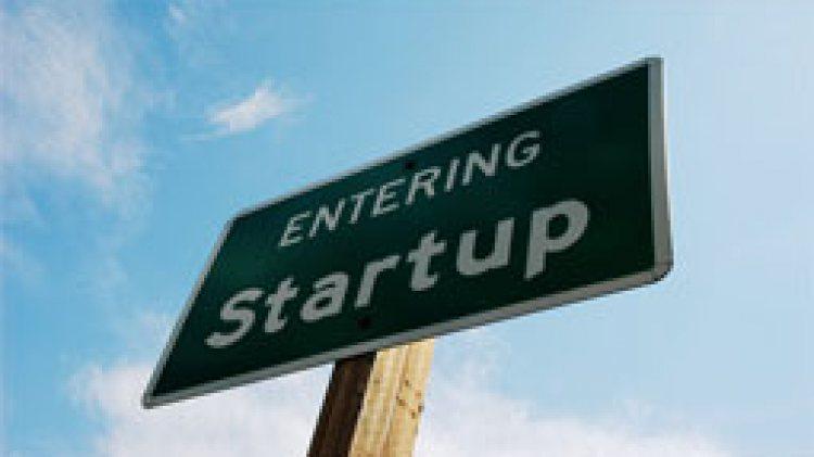 """สร้างผู้ประกอบการใหม่ด้วย """"Startup"""""""