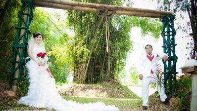 """ถ่ายรูป""""Wedding"""""""